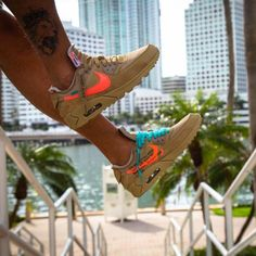 Next off-white x Nike Air Max 90 link in organic for all information # . Air Max 90, Nike Air Max, Nike Air Force 1, Latest Sneakers, Sneakers Nike, Nike Kicks, Sneaker Release, White Shoes, Nike Huarache