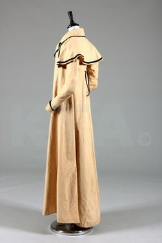 A rare Holland cotton lady's summer coat, circa 1790, the collar, faux pocket flaps, cuffs, integral capelet to the shoulders edged in black velvet ribbon, kite shaped back seams, upper bodice lined in flannel, no fastenings, chest approx 66cm, 26in