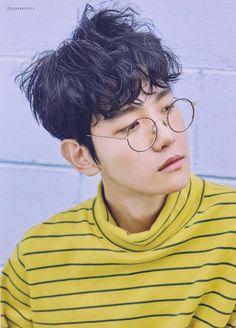 Baekhyun - 160710 SMTown Coex Artium merchandise - [SCAN][HQ] Credit: Serendipity EXO.