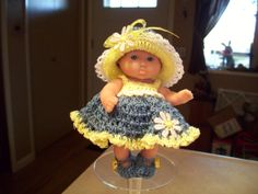 """5"""" Berenguer Doll -5"""" Itty Bitty - 5"""" Lots to Love Doll - 5"""" Ooak Doll - 5"""" Cupcake Doll - Crocheted Clothes - Doll Stand"""