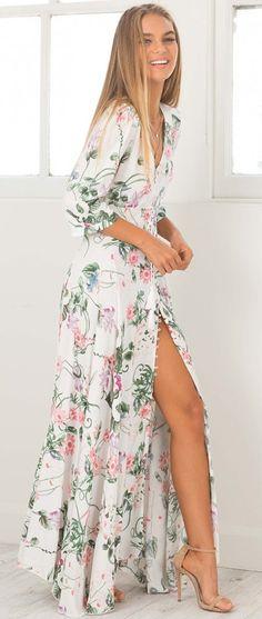 e62c44af83b  spring  outfits White Floral Maxi Dress + Nude Sandals Kleider