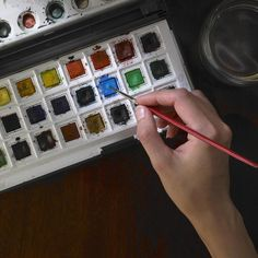 New to Watercolor Painting? Read These 10 Helpful Tips