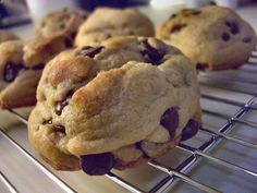 Fluffiest Chocolate Chip Cookies:  Like the triple focus on taste, organic, and fair trade.  Got to try these.