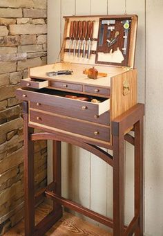 Heirloom Tool Chest | Woodsmith Plans