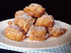 Citromhab: Almafánk Apple Fritters, Sweet Life, Pretzel Bites, Raisin, Donuts, French Toast, Sweet Treats, Muffin, Sweets