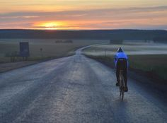 Tutto pronto per la partenza della #RedBull Trans-Siberian Extreme, l'ultra stage bicycle race che partirà da Mosca il 15 luglio 2015 e terminerà dopo 9.200 km a Vladivostok sull'Oceano Pacifico.  http://www.mondociclismo.com/ciclismo-la-red-bull-trans-siberian-extreme-oltre-9200-km-in-bici20150709.htm  #ciclismo #UltraMarathon #Endurance #mondociclismo