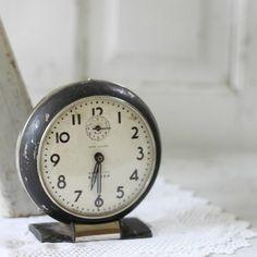 I have this!!  My Grandpa's Clock :)