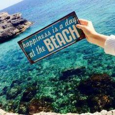 Gotta love the beach life. For more BEACH life F. - Pin This Beach Bum, Summer Beach, Summer Vibes, Summer Sun, Summer 2015, Seaside Beach, Ocean Beach, Belle Villa, I Love The Beach