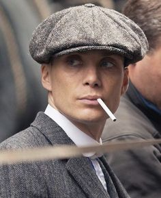 Cillian Murphy as gangster Thomas Shelby Peaky Blinders 💜 Peaky Blinders Series, Peaky Blinders Quotes, Peaky Blinders Thomas, Cillian Murphy Peaky Blinders, Gangsters, Beautiful Blue Eyes, Beautiful Men, Cillian Murphy Tommy Shelby, Peaky Blinders Wallpaper