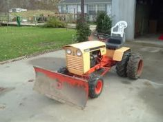 Lawn Tractors, Ford Tractors, John Deere Tractors, Antique Tractors, Vintage Tractors, Vintage Farm, Garden Tractor Attachments, Yard Tools, Case Ih