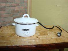 Dollhouse Miniature 1:12 Cookware & Tableware Metal Crockpot Slow Cooker #D 5-3 #TownSquareMiniatures