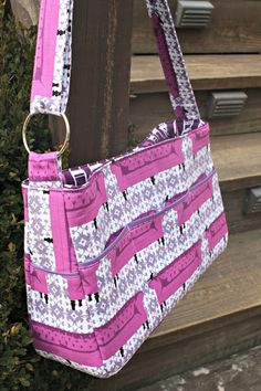Sew Sweetness: Velocity Girl Bag made with Tufted Tweets fabric by Laurie Wisbrun