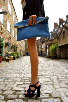 Stacked Heel! A must!! Clutch bag  Love #outfit  Chic.... Fashion styles for women \ ladies. Cute and love the way it was worn!