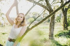 http://dreameyestudio.pl/ #dreameyestudio #romantic #blonde #curlyhair #mint #natural #tree #beautifulgirl