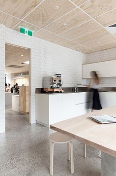 It has been a while since my last modern office space posting but the Blackwood Street Bunker project by Clare Cousins Architects caught my attention. Plywood Ceiling, Drop Ceiling Tiles, Timber Ceiling, Plywood Walls, Dropped Ceiling, Drop Ceiling Makeover, Clare Cousins, Plywood Interior, Bunker