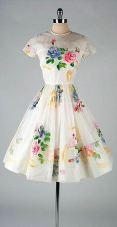 Vintage Dresses Ivory Organza Hand Painted Flowers Dress - vintage dress * ivory organza * acetate lining * vivid hand-painted floral print * illusion shoulders * metal back zipper * by Sophisticated Miss condition Pretty Outfits, Pretty Dresses, Beautiful Outfits, Elegant Dresses, Vintage Dresses, Vintage Outfits, Vintage Clothing, 1950s Party Dresses, Custom Clothing