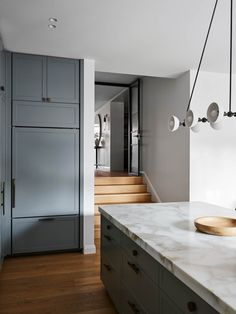 INSPO: Found the reverse angle from my last pic, need to find space in our ground floor layout to recreate this   Kitchen Interior, New Kitchen, Awesome Kitchen, Layout Design, Steel Framing, Steel Frame Doors, Timber Panelling, Floor Layout, Kitchen Benches