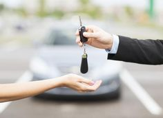 Car Loan for Bad Credit – Get Auto Loans for People with Bad Credit Buying Your First Car, Buying New Car, Car Buying Tips, Driving School, Driving Test, Nissan, 100 Euro, Winter Tyres, Loans For Bad Credit