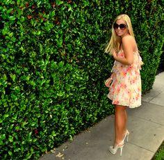 Loving floral prints. www.fashboulevard.blogspot.com