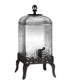 bells Collection de Paris Cold Beverage Drink Dispenser Set up this old-fashioned glass dispenser at your next garden party for instant class. Fun Drinks, Cold Drinks, Beverages, Beverage Drink, Glass Dispenser, Drink Dispenser, Old Fashioned Glass, Slushies, Glass Design
