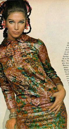 Vogue November 1967 Ann Turkel Photo by David Bailey 1967 Fashion, Sixties Fashion, Retro Fashion, Vintage Fashion, 60s Vintage Clothing, Vintage Outfits, Vintage Dresses, David Bailey Photography, Celebrity Photographers