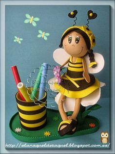 bote de lapices fofucha abeja fofuchas goma eva foamy fomi burgos el anaquel de raquel