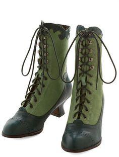 Miss L Fire Victorian Vixen Boot