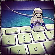 Stormtrooper on the keyboard Lego Stormtrooper, Computer Keyboard, Iphone 4, Geek Stuff, Star Wars, Geek Things, Computer Keypad, Keyboard, Starwars