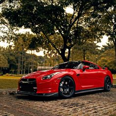 Seriously Cool Rosso Red GT-R