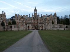 Today I've been away from Harlaxton for a whole month. That's hard to believe.