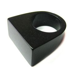 Vintage 80s Lucite Ring  Black Lucite Ring