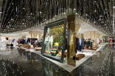 「ISETAN SHINJUKU」の検索結果 - Yahoo!検索(画像) Visual Merchandising, Shinjuku Tokyo, Tokyo City, Isetan, Food Court, Department Store, Store Design, Shopping Mall, Architecture
