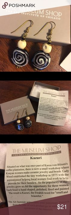 Gorgeous NIB Museum Shop earrings These were received as a gift many years ago and never right as I have a preference for silver tones with my coloring. They are new in original box. 🤗 The Museum Shop Jewelry Earrings