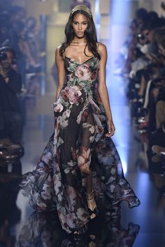 The Best Gowns From Paris Couture Week  - ELLE.com