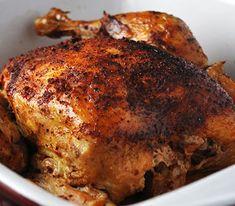 À essayer en fin de semaine! Un délicieux poulet barbecue à la bière dans la mijoteuse. Seulement trois ingrédients et beaucoup de saveur. Vegetarian Crockpot Recipes, Slow Cooker Recipes, Cooking Recipes, Beer Recipes, Chicken Recipes, Recipies, Traditional Irish Soda Bread, Beer Can Chicken, Crock Pot