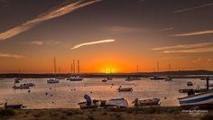 The End Of Light #portugal #algarve #alvor #portimao #landscape #paisagem #pordosol #sunset #marina #goldenhour #boat #photosergereview