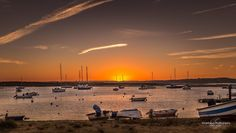 The End Of Light #portugal #algarve #alvor #portimao #landscape #paisagem #pordosol #sunset #marina #goldenhour #boat #photosergereview
