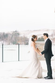 Winter Weddings are so beautiful at #eaglesnest