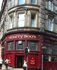 Tickety Boo's Pub in Dundee Scotland  Don't you love the name?  Headed back to St. Andrews soon and will venture over to Dundee and Tickety Boo's once again! :)