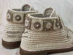 Crochet Sandals, Crochet Boots, Crochet Slippers, Form Crochet, Diy Crochet, Crochet Baby, Knit Shoes, Sock Shoes, Shoe Boots