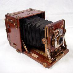 Sanderson 1/4 Plate Tropical Camera