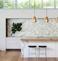 marble kitchen splashback feature