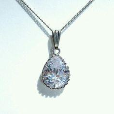 大好評ファセットカット大粒CZ極細ネックレス レディースファッションのアクセサリー(ネックレス)の商品写真 Pendant Necklace, Diamond, Silver, Jewelry, Jewlery, Jewerly, Schmuck, Diamonds, Jewels