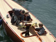"""Mit 6mR """"Nirvana"""" befindet sich derzeit ein weiterer 6er von historischer Bedeutung bei Robbe & Berking Classics in Bau. Die von Olin Stephens gezeichnete und 1939 bei Abeking & Rasmussen gebaute """"Nirvana"""" ist im Jahre 1959 bei einem Brand auf der Bootswerft Michelsen in Friedrichshafen am Bodensee verloren gegangen. Sie galt als eine der schnellsten 6er ihrer Zeit. Robbe & Berking Classics läßt diese besondere Yacht nun im Auftrag eines skandinavischen Kunden nach originalen Bauplänen"""