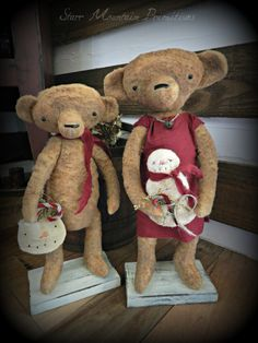 Primitive Christmas Teddy Bears with snowmen by Starr Mountain Primitives