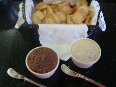 Paté de azeitona e de atum