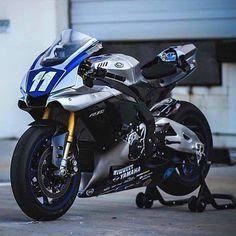 R1M @r1mpilot #R1M#R1#chairellbikes4life#YAMAHA Yamaha Sport, Yamaha Motorcycles, Yamaha Yzf R1, Custom Street Bikes, Custom Sport Bikes, Bike Engine, Concept Motorcycles, Futuristic Motorcycle, Motorcycle Outfit