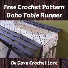 A free crochet pattern of a boho table runner. Do you also want to crochet this . - A free crochet pattern of a boho table runner. Do you also want to crochet this table runner? Read more about the Free Crochet Pattern Boho Table Runner. Crochet Table Runner Pattern, Crochet Placemats, Crochet Dishcloths, Crochet Doilies, Table Runner And Placemats, Lace Table Runners, Crochet Home Decor, Crochet Crafts, Crochet Stitches Patterns