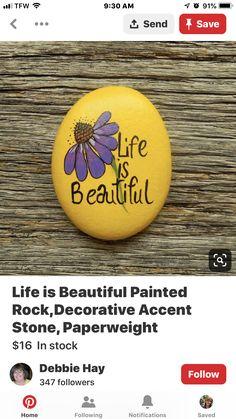 Pebble Painting, Pebble Art, Stone Painting, Rock Painting Ideas Easy, Rock Painting Designs, Painted Garden Rocks, Painted Rocks, Figurative Kunst, Rock And Pebbles