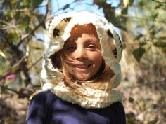 Girls Hats, Girl With Hat, Hoods, Scarves, Winter Hats, Detail, Fall, How To Wear, Jewelry